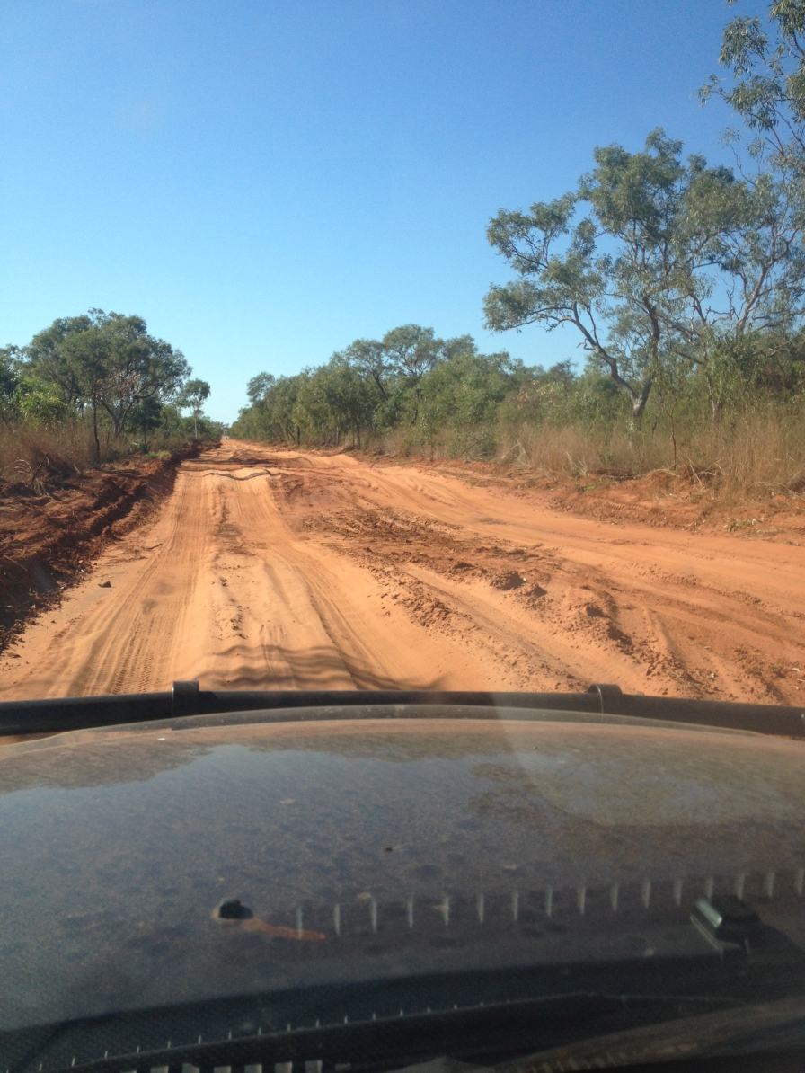 Dirt road into Middle Lagoon