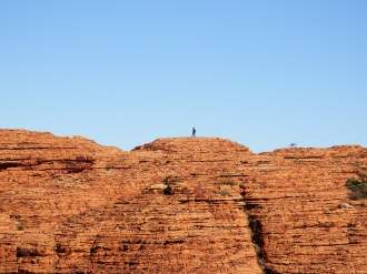 Other walkers across Kings Canyon