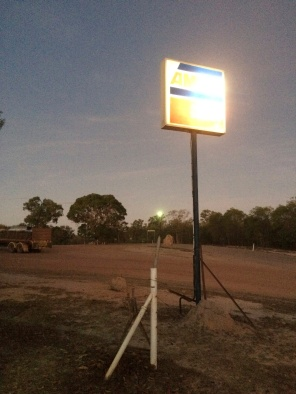 The romantic light of the Ampol Sign - Musgrave Station
